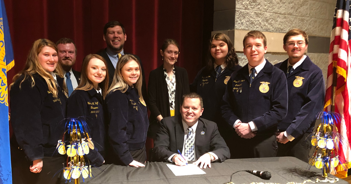 Judge Executive Dan Mosely signs proclamation declaring FFA Week in Harlan County