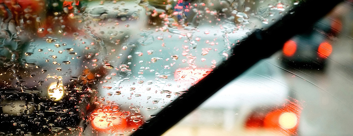 Rainy day driving tips blog