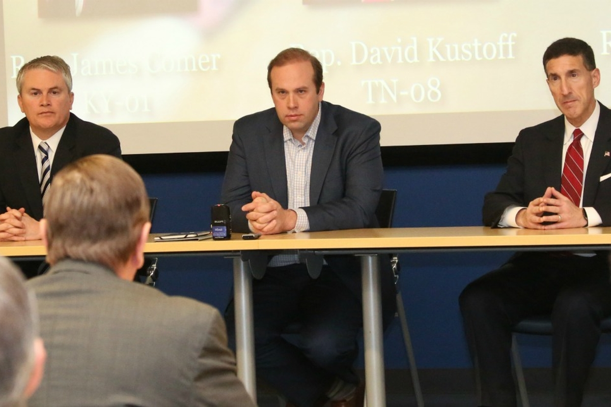 Congressional Members Host River Industry Infrastructure Discussion
