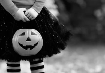 Tips for spooky safe trick-or-treating